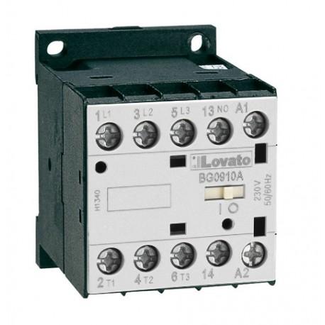 Stycznik 3 polowy, 12A w AC3, wbudowany zestyk 1NO, 230VAC 50/60Hz